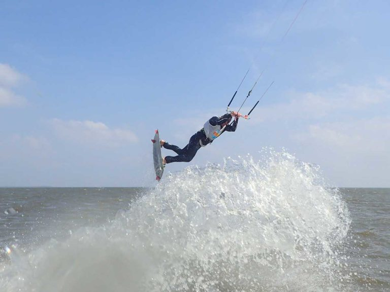 kitesurfing_school