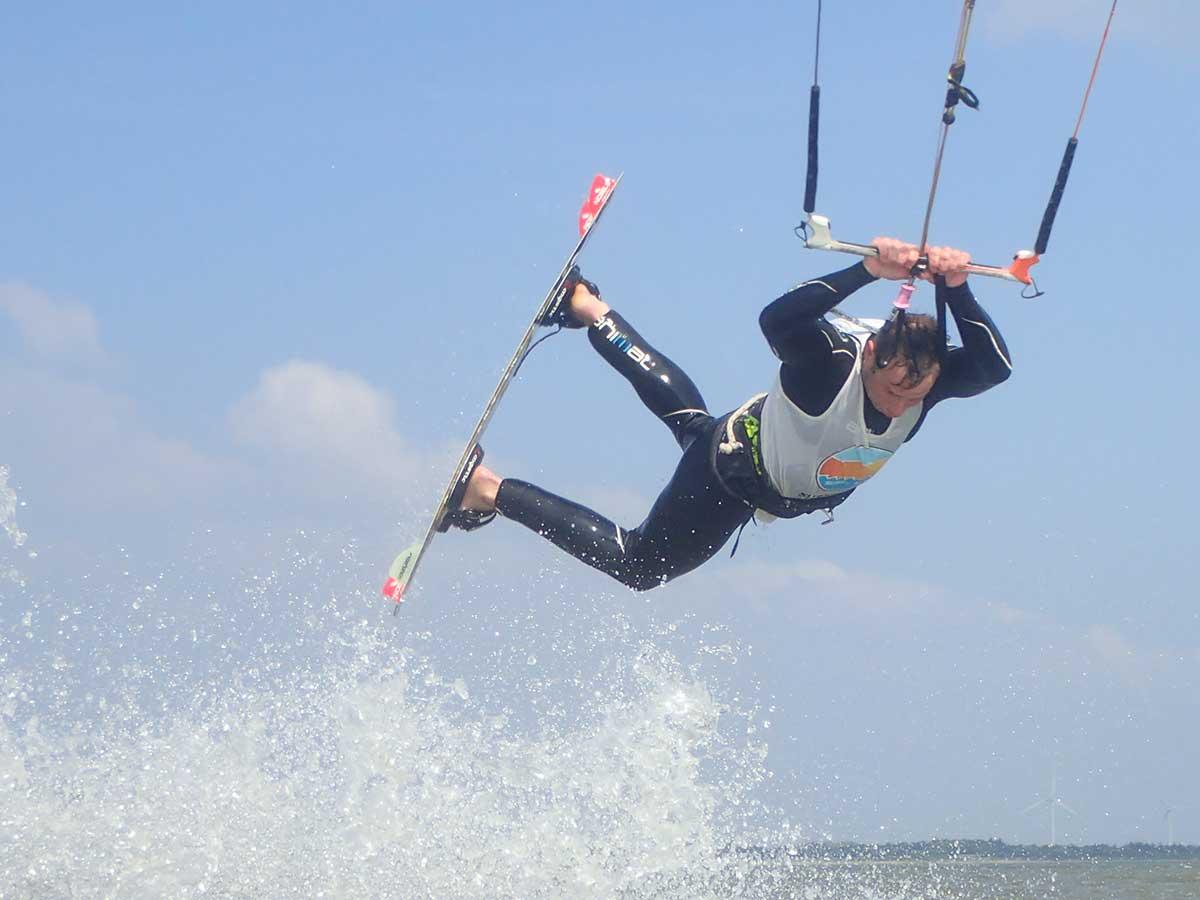 kitesurfing_snf
