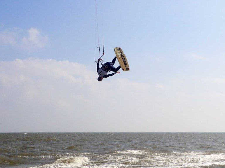 kitesurfing_training